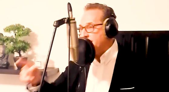 Heinz-Christian Strache ist mit Tonstudios bestens vertraut.