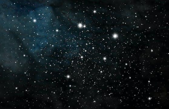Derzeit ist der Himmel hell erleuchtet von gleich mehreren Spektakeln. Ein Meteorenschauer war bereits als Feuerkugel zu beobachten. In der Nacht von 11. auf 12. November erreichte er seinen Höhepunkt.
