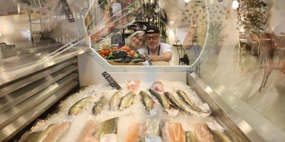 """In der """"Fischerie"""" gibt es eine große Auswahl an heimischen Fischen."""