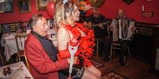 So feierte Lugner mit Stripperin seinen 88. Geburtstag