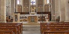 Erzbischof lässt Altar nach Sex-Skandal verbrennen