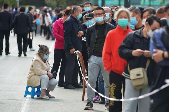 In der ostchinesischen Stadt Qingdao sollen alle Einwohner auf Corona getestet werden.