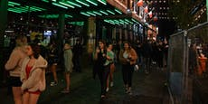 Briten pfeifen mit wilden Straßenpartys auf Lockdown
