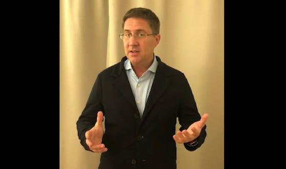 Der Welser Bürgermeister Andreas Rabl erklärt in einem Facebook-Video, wie es zu den Ansteckungen in seiner Stadt kam.