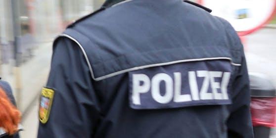 Der Polizeischüler (21) soll die Frau Anfang Oktober missbraucht haben.