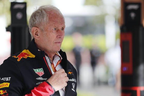 Red-Bull-Motorsportdirektor Helmut Marko braucht einen neuen Motor.