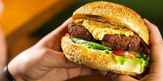 McDonald's wird uns bald Burger aus Fakefleisch servieren (Symbolbild)