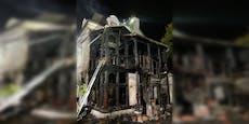 Wohnhaus in Wien-Hernals völlig in Flammen