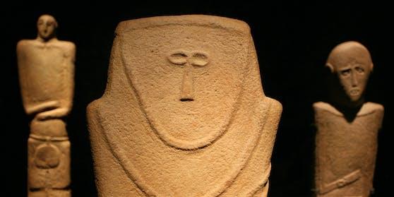 Ein oder mehrere Unbekannte bespritzten mindestens 70 Objekte im Pergamonmuseum (Bild), im Neuen Museum, in der Alten Nationalgalerie mit einer öligen Flüssigkeit.