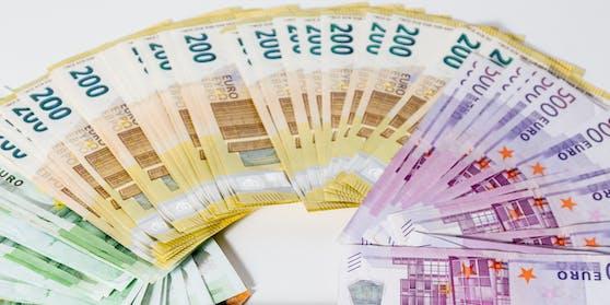 Dem 31-Jährigen wurden 50.000 Euro gestohlen. (Symbolbild)