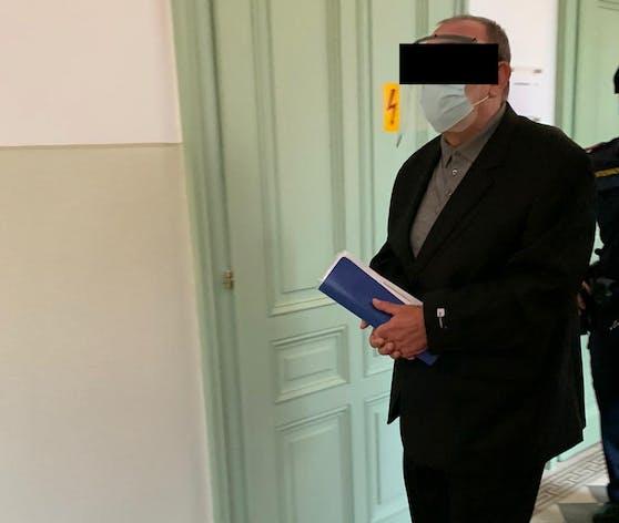 Der Angeklagte musste in St. Pölten vor Gericht.