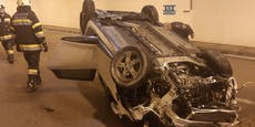 50-Jährige krachte mit Auto gegen Tunnelwand: Tot