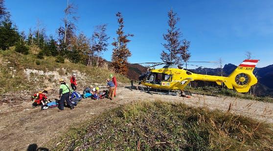 Der Wanderer stürzte ab, wurde schwer verletzt.
