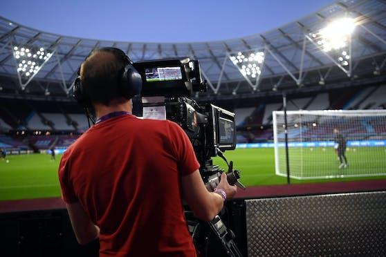 Englands Fans wollen nicht für Pay-TV zahlen.