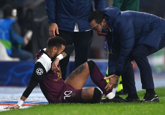 Neymar verletzte sich in der Champions League.
