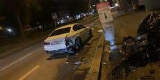 Audi-Lenker weicht Tier aus, crasht in BMW und Laterne