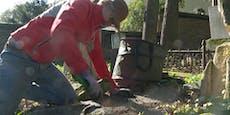 Freiwillige retten den Jüdischen Friedhof in Währing