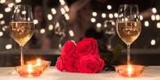 Wer zahlt? Frau kam mit 23 Verwandten zu Blind Date