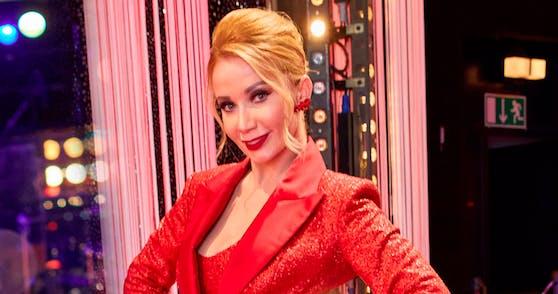 """""""Dancing Stars""""-Jurorin Karina Sarkissova hat sich mit dem Coronavirus angesteckt."""