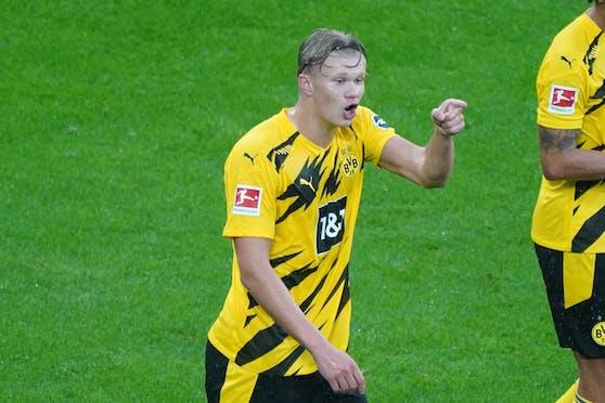 Erling Haaland trifft gegen Borussia Dortmund.