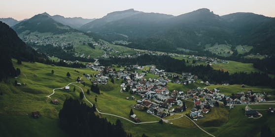 Das Kleinwalsertal (Bild) und Jungholz sind von der deutschen Reisewarnung für Österreich ausgenommen.