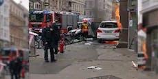 Mann aus brennendem Mercedes-SUV in Wien gerettet