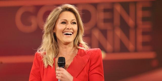 Nach Nackt Fotos Bauer Sucht Frau Antonia Gibt Auf Tv Heute At