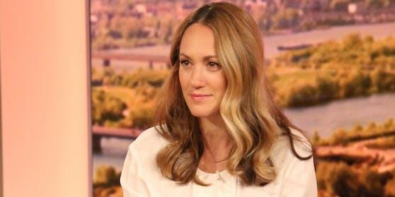 Star-Moderatorin Bianca Schwarzjirg bleibt an Bord.