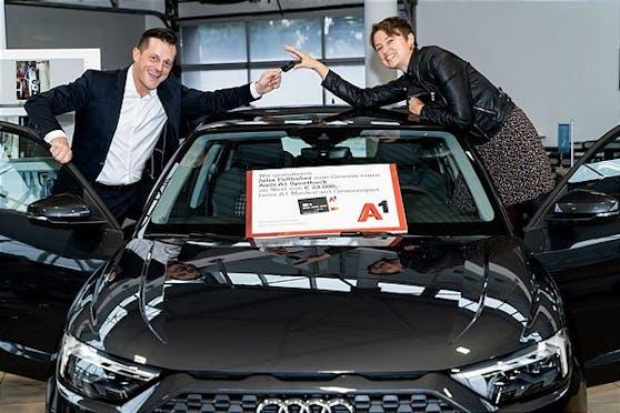 Steirerin gewinnt mit der A1 Mastercard einen Audi A1.