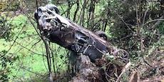 Paar schrottet teuren Wiesmann Roadster an Baumreihe