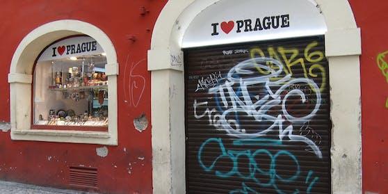 Ín Tschechien kursiert das Virus stark - der nationale Notstand tritt erneut in Kraft.