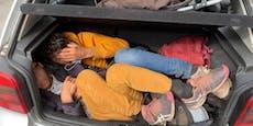 Polizei stoppt VW Golf mit elf Flüchtlingen an Bord