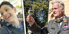 Garde-Offizier kauft krankem Ricardo neues Therapie-Rad
