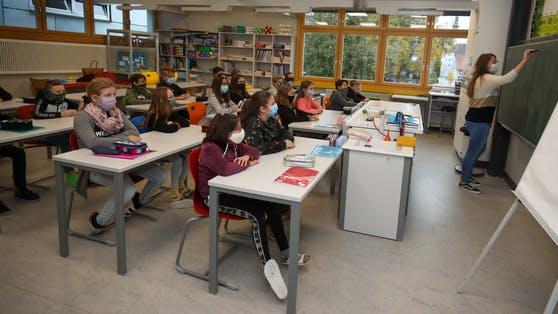 Laut Bildungsminister Heinz Faßmann öffnen die Schulen am 25. Jänner wieder. Allerdings nur, wenn keine weiteren Verschärfungen kommen.