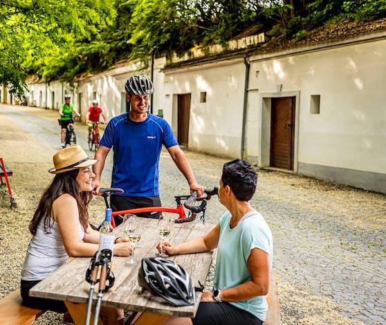 Radfahren war in Poysdorf im Sommer sehr beliebt.