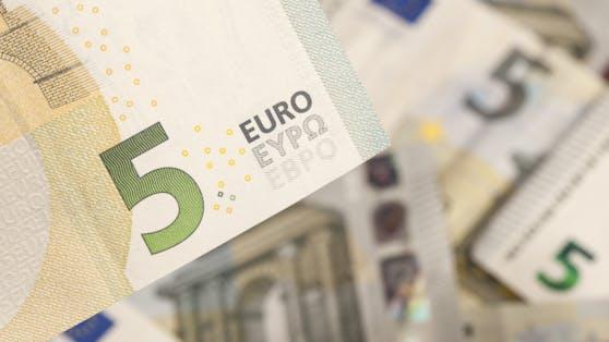 Der 5-Euro-Trick lässt sich ganz einfach umsetzen.