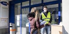 Fast450.000 ohne Job, Kurzarbeit stark angestiegen