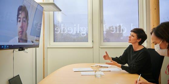 SPÖ-Bundesparteivorsitzende Pamela Rendi-Wagner tauschte sich am Mittwoch mit Star-Virologe Christian Drosten aus.