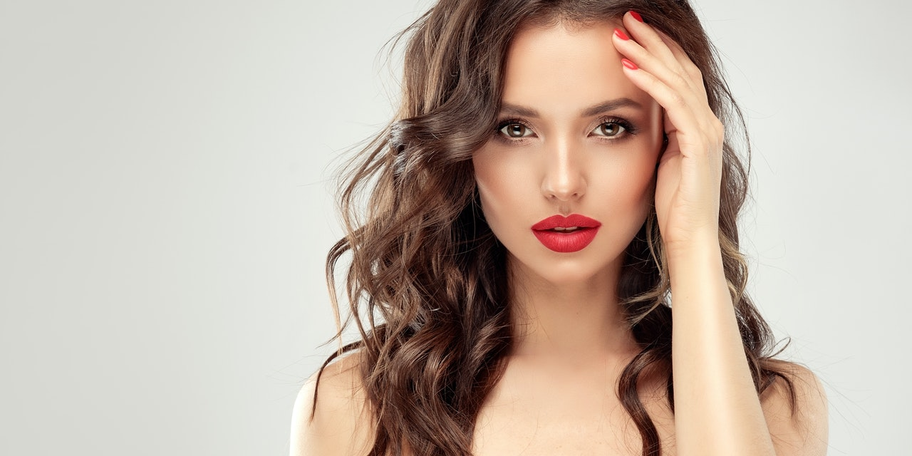 Was steckt hinter der Angst vor schönen Frauen