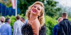Kuss-Angebot: Dieser Frauenschwarm macht Evelyn schwach