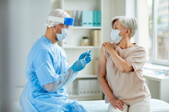 """Bei der Corona-Impfung herrscht offenbar große Skepsis: Immerhin ein Viertel der Wiener schließt dies derzeit """"sicher"""" aus."""