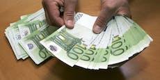 Frau sucht um Kredit an, dann verliert sie ein Vermögen