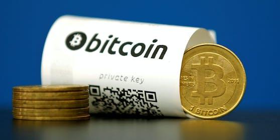 Bitcoin ist eine rein digitale Währung, mit der sich Geld in Sekundenschnelle und anonym rund um den Globus schicken lässt.