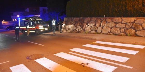 Der Bub (5) wurde vom Auto erfasst und fast vier Meter weit auf den Gehsteig geschleudert.