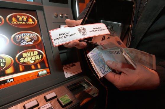 Die Finanzpolizei beschlagnahmte in Wien-Brigittenau vier illegale Glücksspielautomaten.