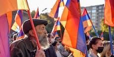 Massenproteste in Armenien gegen Berg-Karabach-Abkommen