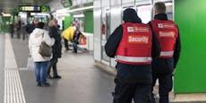 Betrunkener geht in U-Bahnstation auf Security los