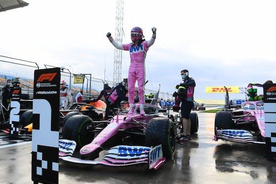Lance Stroll feiert seine erste Pole Position.
