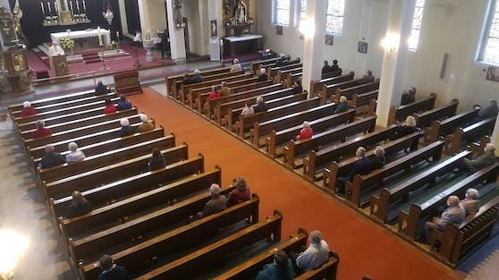 Nach dem Lockdown finden wieder öffentliche Gottesdienste statt.