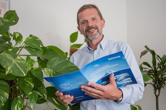 Gründer und Mehrheitsgesellschafter von CuraSolutions ist Wolfgang Fürlinger.